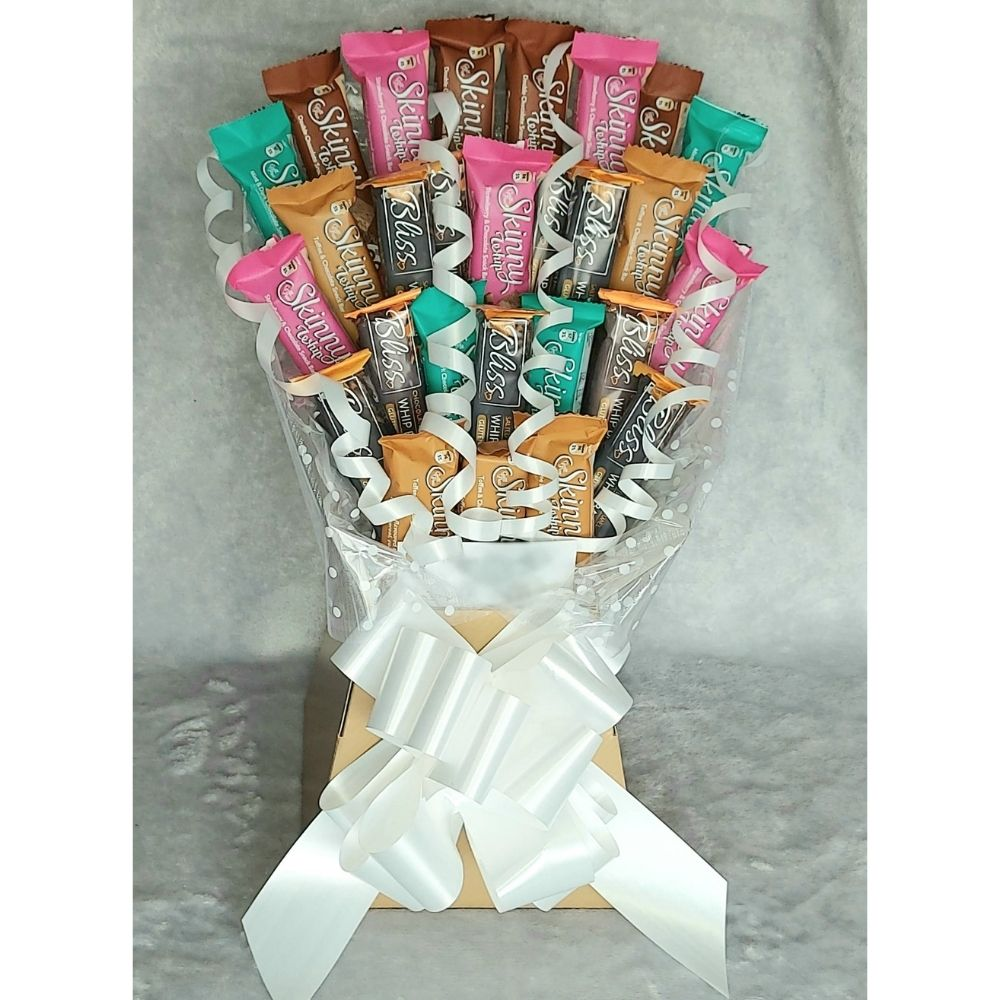 Whip Bars Gift Bouquet finished in Gold & White